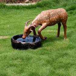 Real Shape Attractive Water Drinking Dear Statue