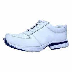 Vithariya White Men Sports Shoes, Size: 6-10 (UK)