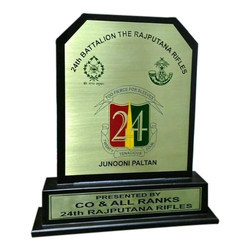 Junooni Paltan Wooden Momento