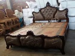 Antique Carving Ace Wood Crafts Traditionally Handmade Wooden Double Beds, For Home, Size: 72x78