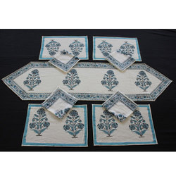 Floral Print Dining Table Mat Set