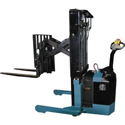 Battery Operated Hi Reach Stacker Rental Service