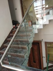 Stairs Panel Side Mounted Moduler Glass Railing, For Home, Material Grade: Aisi 304