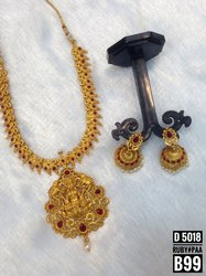 South Indian Style Choker Jewellery Set 5018