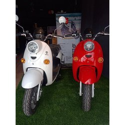 Benlg Red And White 2 Searter Battery Operated Electric Scooter