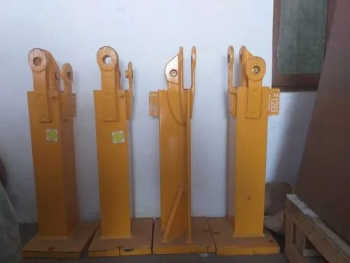 Cast Iron Potain Tower Crane Lug Rs 100000 Unit Krs Group Id 20747788755