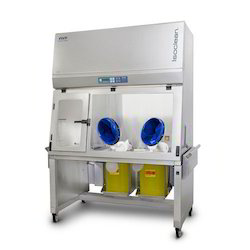 Hospital Pharmacy Isolators