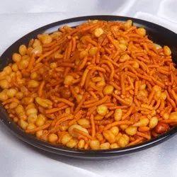 Bondi Spicy Mixture Namkeen, Packaging Size: 250g - 1 Kg
