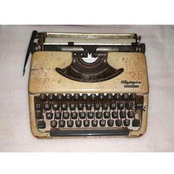 manual typewriter suppliers manufacturers in rh dir indiamart com olympia manual typewriter price manual typewriter price in india