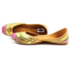 Wedding Punjabi Juttis