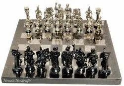 Nirmala Handicrafts Brass Roman Sculptured Black-Silver Chess Set