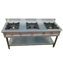 Lpg Stainless Steel 3 Burner Commercial Gas Stove, for Hotel, Number Of Knob: 6