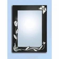 Toughened Glass Designer Rectangular Wall Mirror, Thickness: 5 Mm, Size: 18x24 Inch