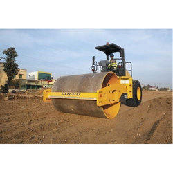 volvo sd110 vibratory soil compactor at rs 1400000 unit