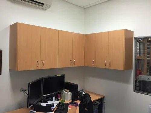 Mounted Storage Cabinet व ड न स ट र ज