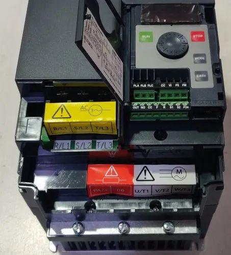 Toshiba VFNC3E Series Variable Speed Drive VFNC3E-4022P 3HP 3phase Vfd
