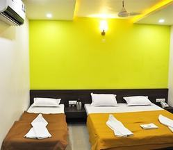 Combo Delux Room Rental Services