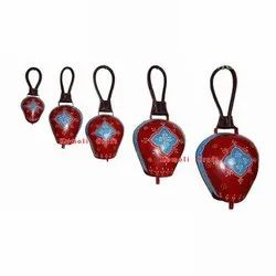 Hand Painted Iron Made Cow Bell For Home And Garden Decoration