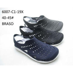f34d8107c29de6 Crocs Baya Slip On