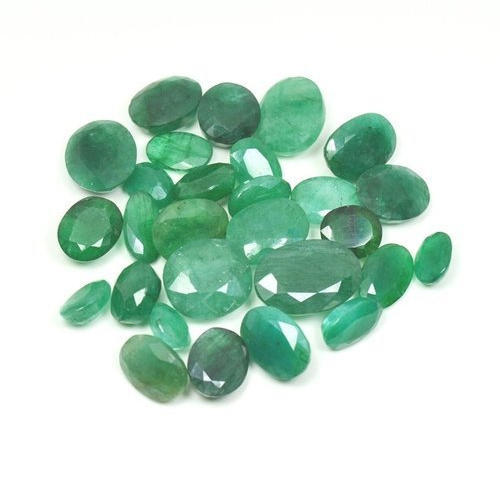 Emerald Stone Emerald: Green Emerald Gemstone At Rs 500 /carat