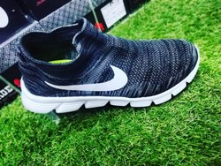 huge selection of 0e12f a881d Canvas Socks Upper Sports Shoes