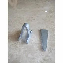 Wedge Clip