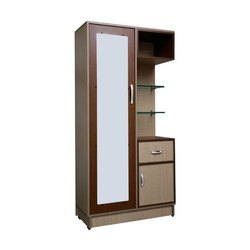 Wood Brown Modern Dressing Table, For Home, Size: 5.5-6 Feet (height)