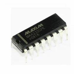 Interface IC MAX232CSE