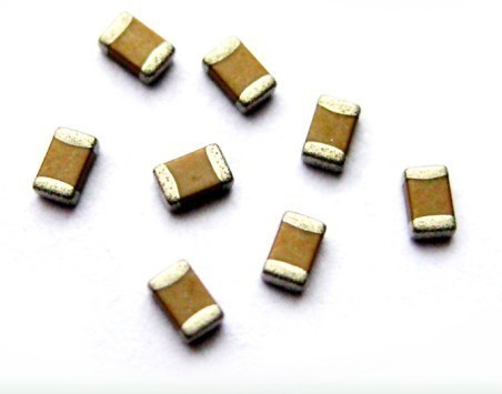 Electrolytic Capacitors Smd Capacitors Wholesale Trader