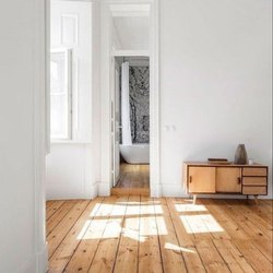 JD Solid Wooden Floor, Thickness: 16-25MM