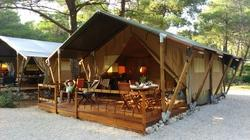Woodden Log Safari Tent