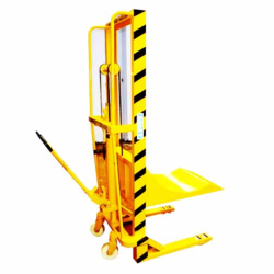 Handy Platform Type Mobile Reel Lifter