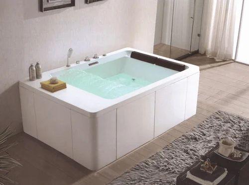 Modern Bathtub For Hotels Manufacturer From New Delhi