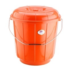 Plastic Bucket With Steel Handle 7 Ltr