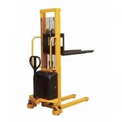 Hydraulic Lifts With Stacker