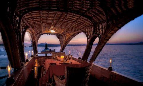 Candle Light Dinner In Houseboat Service In Kumarakom Olala Cruise Id 17030237691