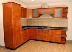 Rubber Wood V Shape Modular Kitchen, In India