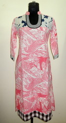 IS 03T Pink Leaf Print Cotton Kurti