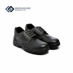 Leather Men Metal Instep Shoes