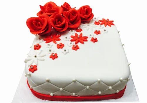 Elegant white fondant and red roses cake at rs 1500 kilogram elegant white fondant and red roses cake mightylinksfo