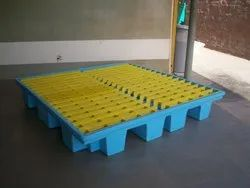 Sintex & Spectron Polyethylene Spill Containment Pallet, For Industrial, Capacity: 167