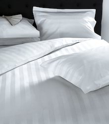 Cotton And Poly Cotton Silver And Multi Bed Sheet, Size: Double Bedsheet