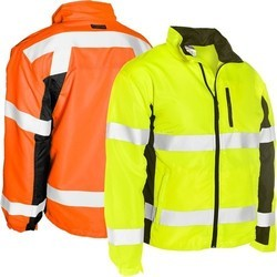 Without Sleeves Polyester High Visibility Clothing, For Construction, Size: Large