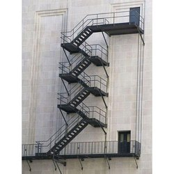 Customed Black Fabricated Stair Case