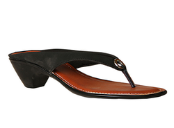 Synthetic Bata Black Chappals For Women, Size: 3-6