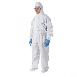0da8f549e78 Dust Guard Suit With Booties
