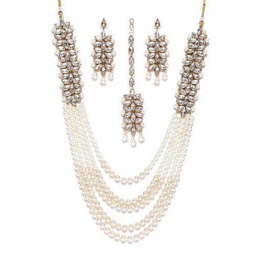 d4d108cf06e71 Zaveri Pearl Jewellery Set