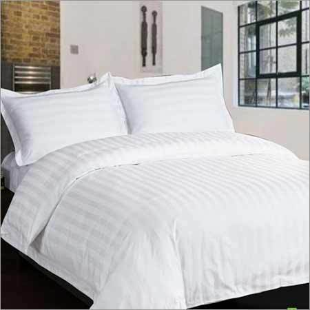 Superieur White Satin Ahmedabad Fabric For Hotel Bed Sheets 100 TC