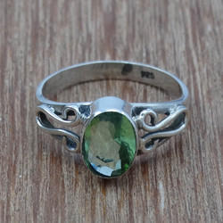 Peridot Gemstone 925 Sterling Silver Light Weight Ring
