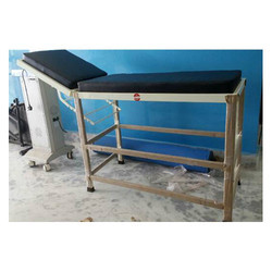 Folding Patient Examine Table